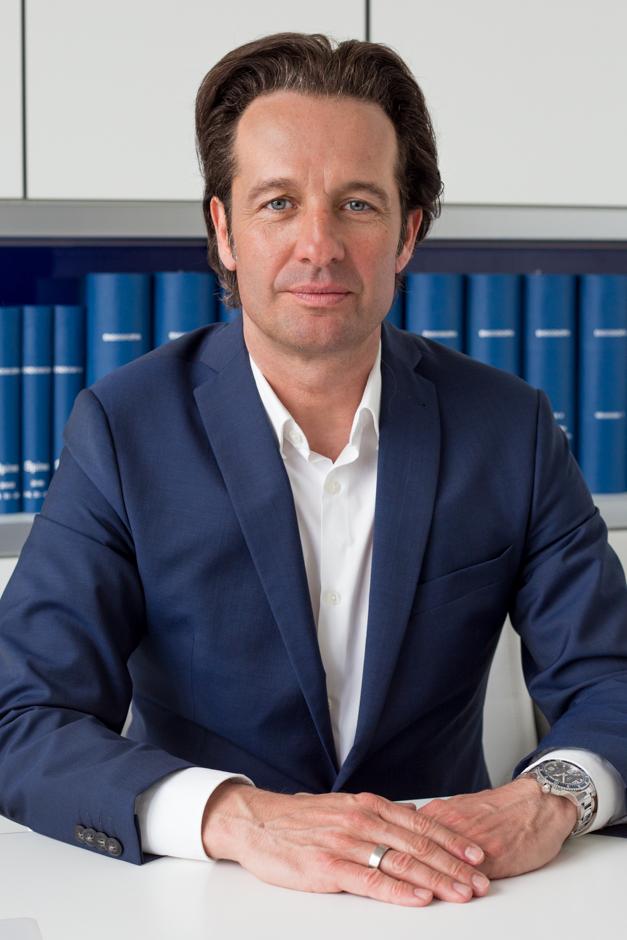 Dr. Florian Alfen